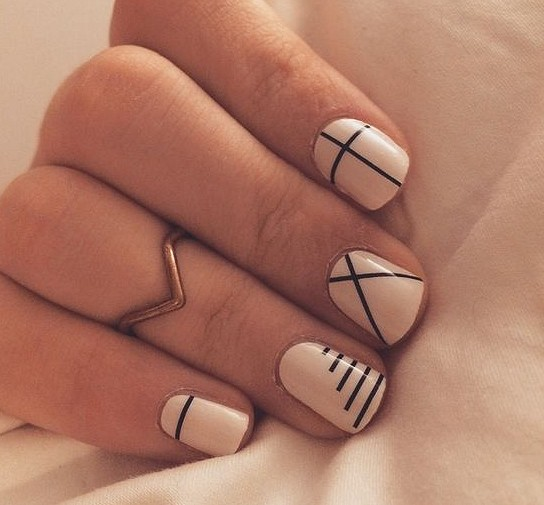 40+ Simple Line Nail Art Designs You Need To Try Now line nail art design, minimalist nails, simple nails, stripes line nail designs